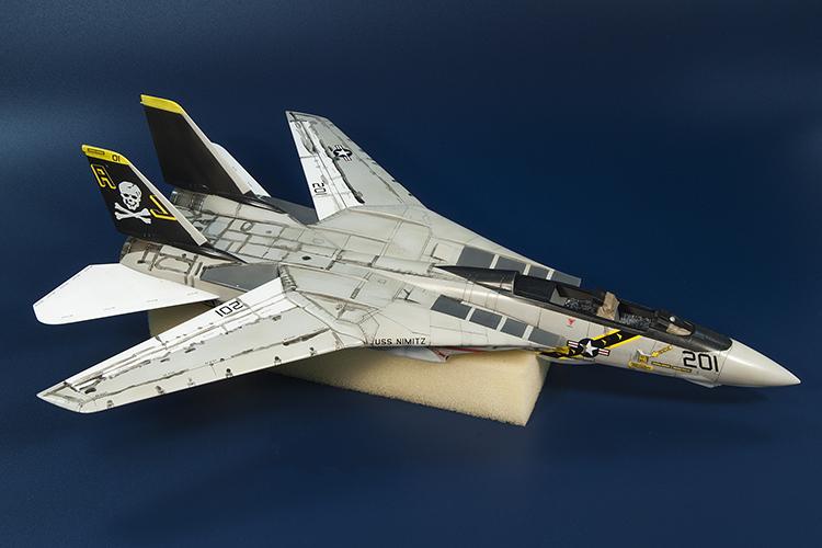 CA_F-14_01