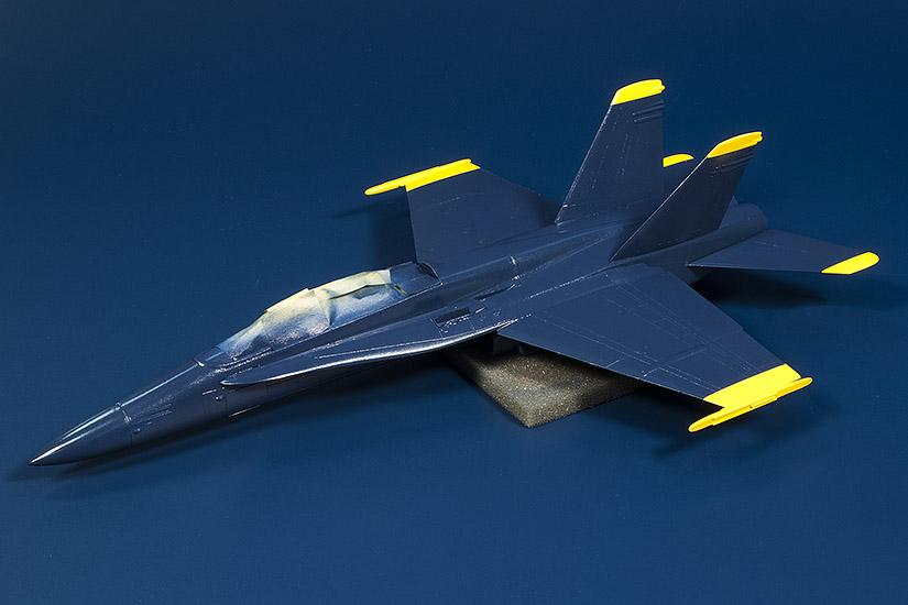 F-18_BA_01